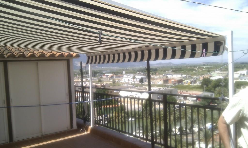 Toldos terraza precios en los toldos automticos para - Precio de toldo ...