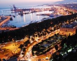Málaga probará un nuevo toldo que reduce el ruido en terrazas